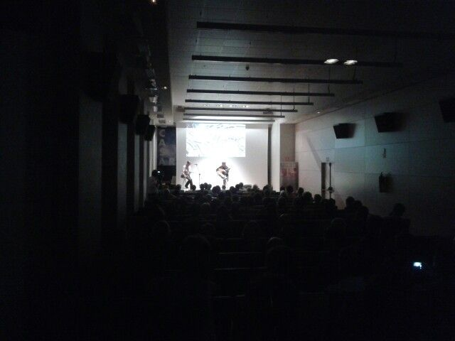 #Audio techiccian in a intimate #concert. We love to do those kind of #shows with a designed lighting and audio ambient.   www.audiovisualescuesta.com