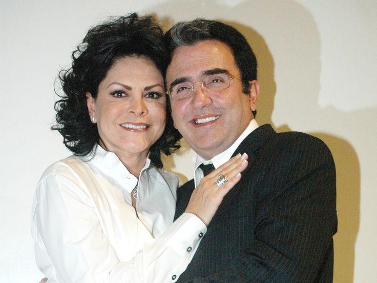 Mara Patricia Castañeda da a conocer un comunicado de prensa donde la periodista revela su separación de Vicente Fernández Jr.