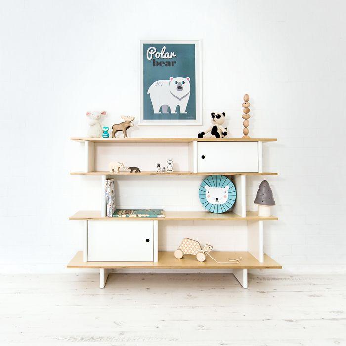 All about details.  Figurines, wooden toys, prints...Shelfie Favourites! http://petitandsmall.com/shelf-accessories-kids-room/
