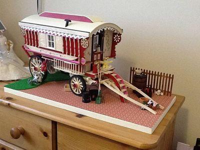 Debra Alison Kirby | McQueenie Miniatures (1-12 scale kit to make your own)