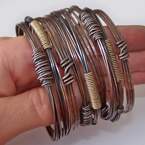 Copper Bangles Bracelets - Hammered and Oxidized - 3 SETS - Made to Order. $90.00, via Etsy.. StoneDelite metal-wire-inspiration