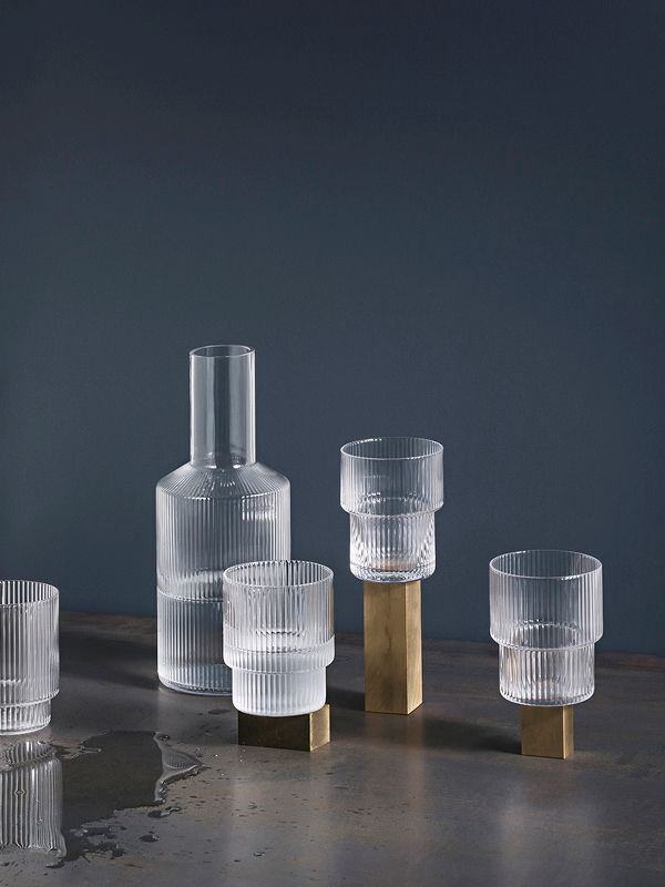 Ripple Glass Set mit Karaffe von ferm living