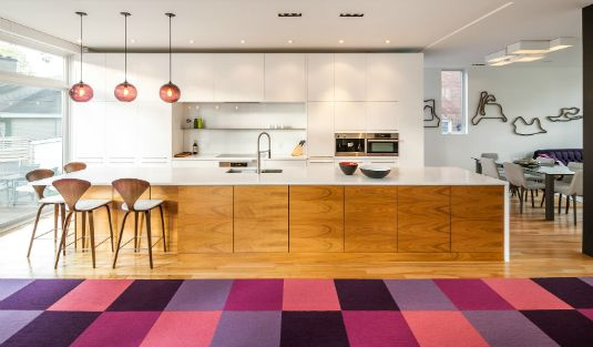 Plum Pendant Lighting Gives This Contemporary Kitchen a New Twist