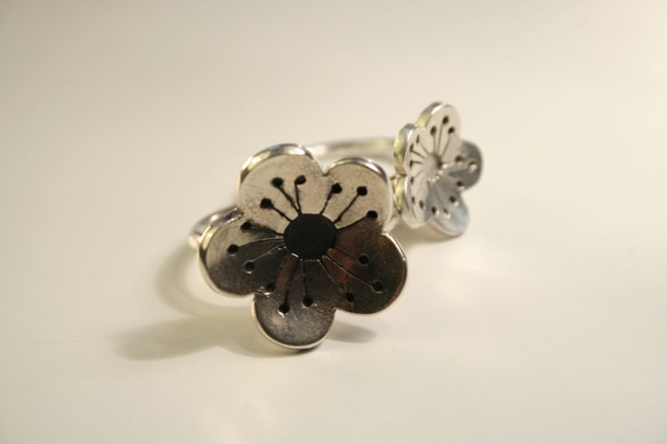 """ cherry blossom "" hand fabricated sterling silver,oxidized. cuff links"