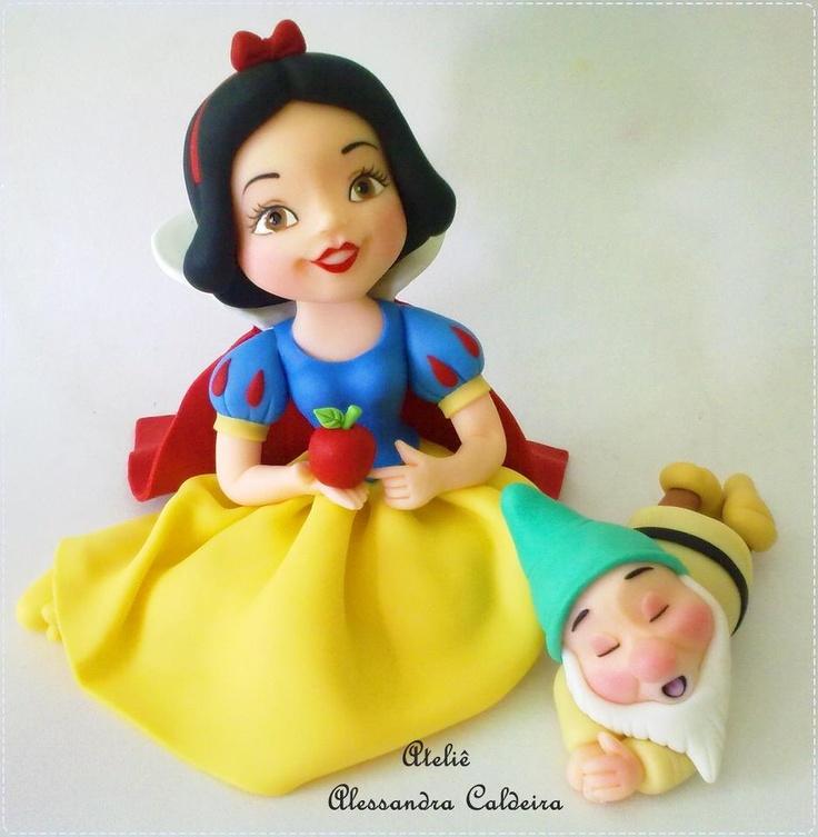 Snow white cake topper .