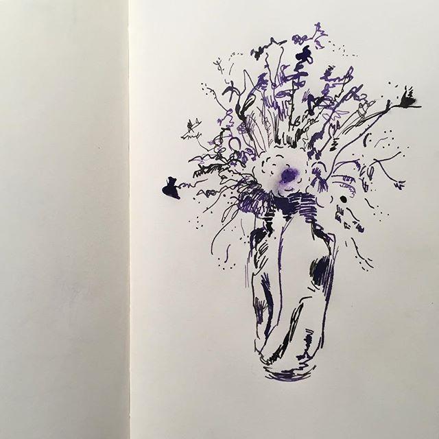 "ayaenomura2017/09/21 "" Flowers "" ' ' #art #drawing #doodle #artwork #artoftheday #artlife #illust #illustration #instart #instadraw #instaartist #illustagram  #アート #イラスト #スケッチ #デッサン #ペン画 #ayaenomura #nofilter #moleskine #moleskine_arts #モレスキン #インク #ink #Flowers #flowerstagram2017/09/21 23:11:43"