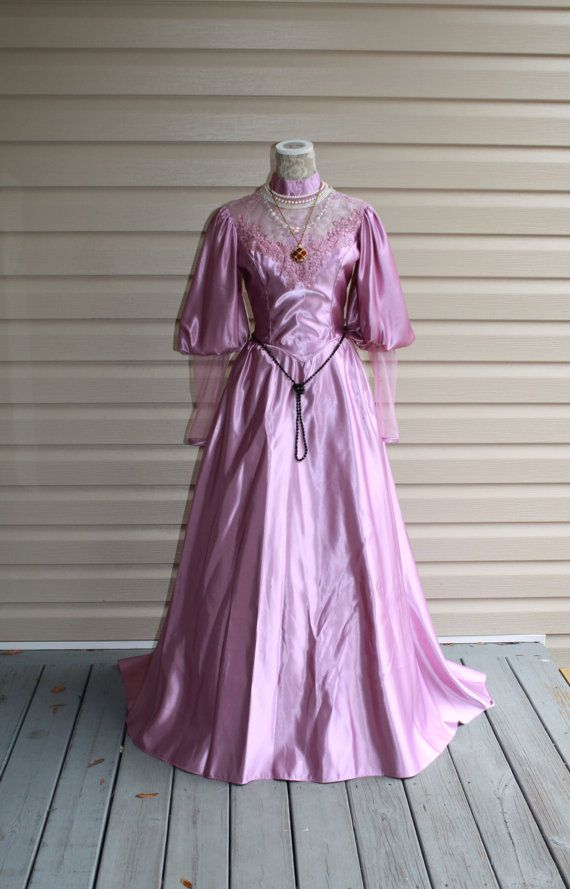 232 best Wedding Dresses images on Pinterest | Wedding dressses ...
