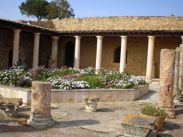 villas romaines kerkouane