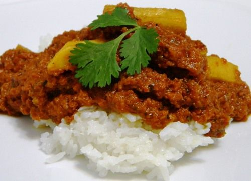 PUERTO RICAN STYLE CORNED BEEF AND RICE