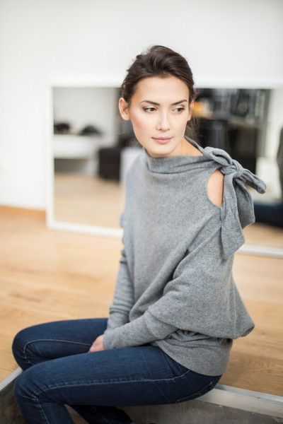 LeMuse grey wool asymmetric BOW sweater