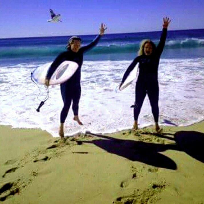 Surfer girls fun sun. Pumped aqua bumps sea ~~~~