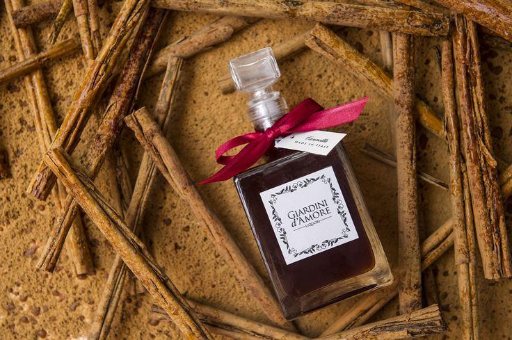 La Cannella - Il calore speziato               / Cinnamon  - Spicy warmth