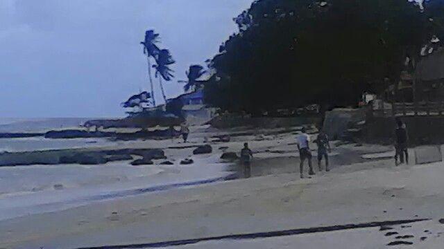 Praia de Pontas de Pedras em Ponta de Pedras, PE