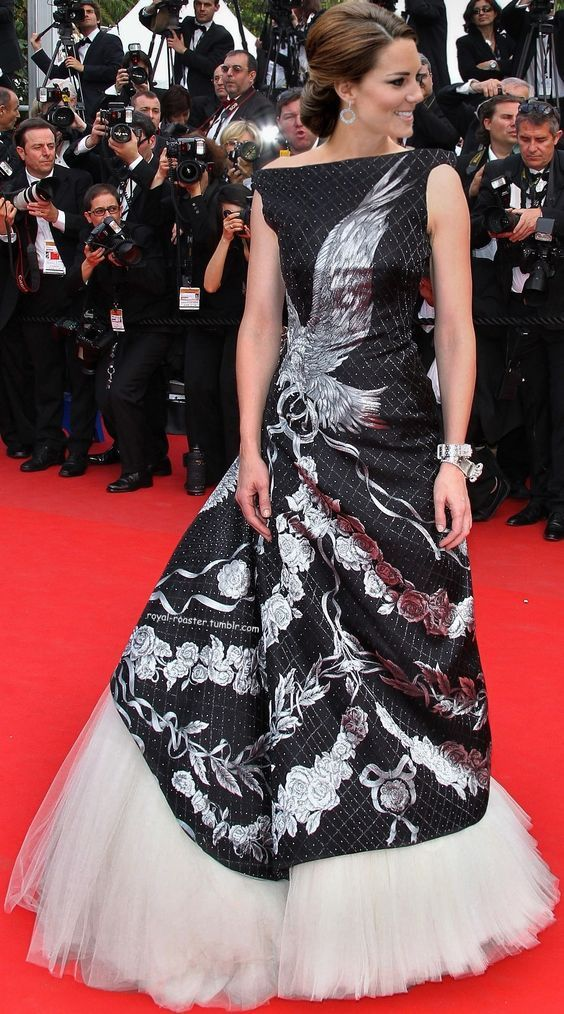 """Kate makes an appearance at the 63rd Cannes Film Festival: """"Robin Hood"""" Premiere."""
