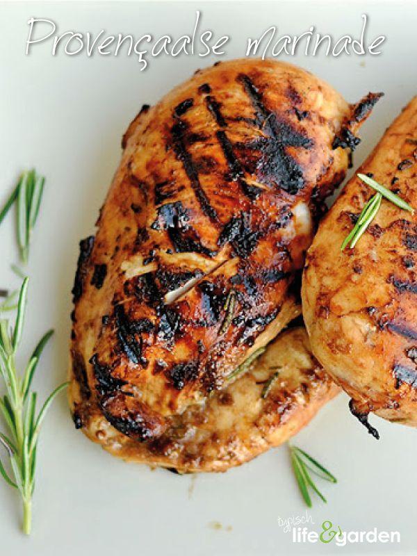 Provençaalse marinade   Een marinade is natuurlijk het lekkerst met kruiden uit eigen tuin! Deze heerlijke Provençaalse variant past eigenlijk overal bij.