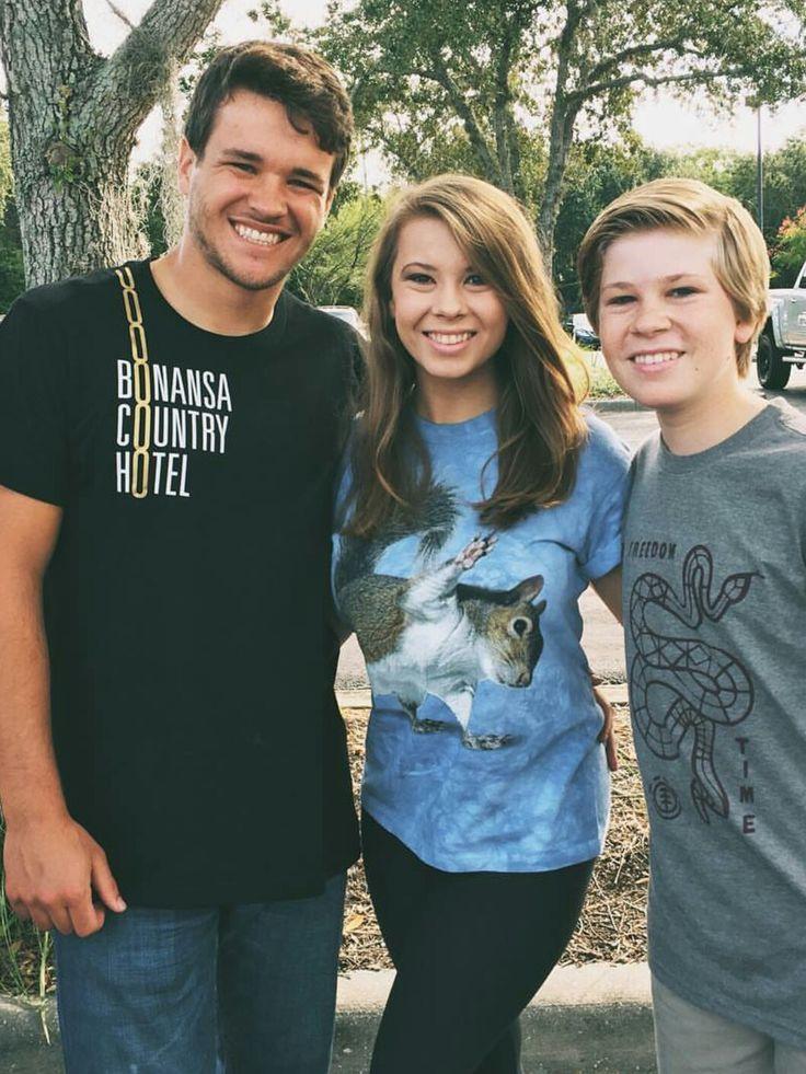 Bindi Irwin, Brother Robert, and Boyfriend Chandler
