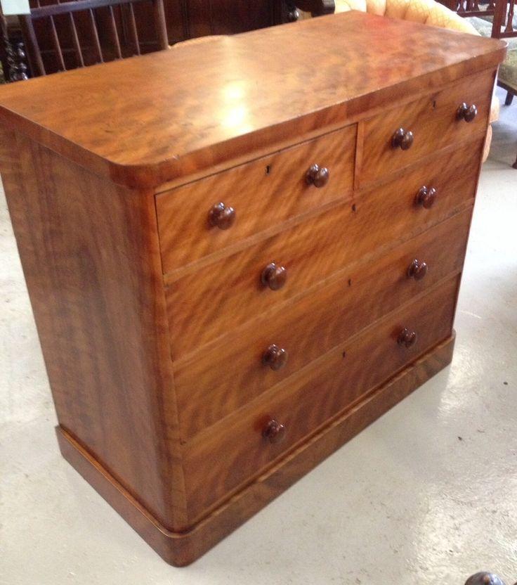 Victorian satin birch chest of drawers with original knob handles