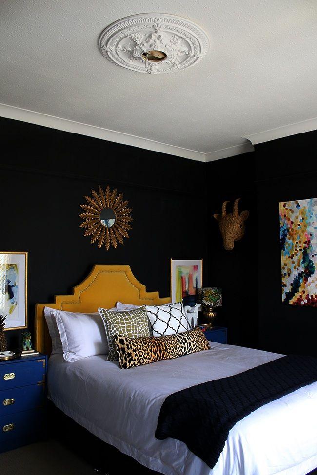 czarna ściana wsypialni