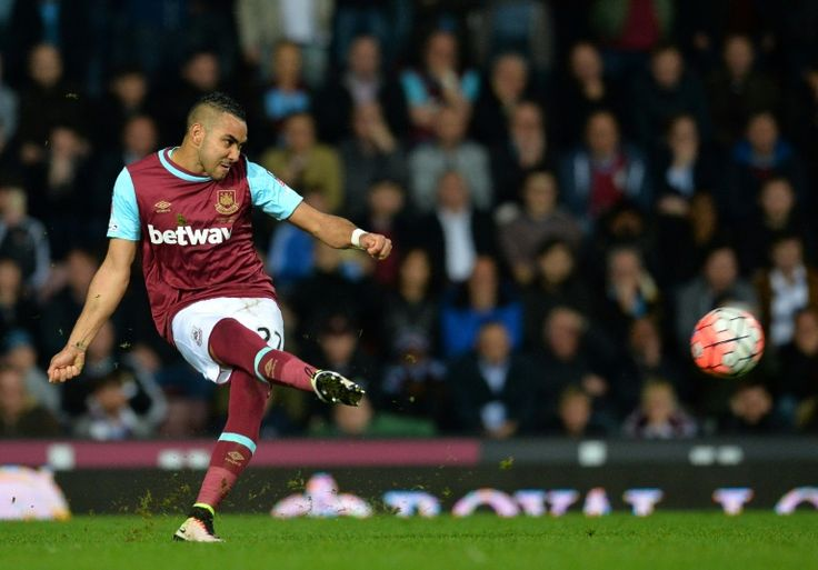 Payet wont be sold vows Hammers owner Sullivan   London (AFP)  West Ham co-owner David Sullivan has warned Dimitri Payet there is no chance he will allow the unhappy France star to force his way out of the Premier League club.  Payet stunned West Ham boss Slaven Bilic this week when he admitted he wants to leave during the January transfer window and wasnt willing to play against Crystal Palace on Saturday.  The 29-year-old who signed a 125000-per-week five-year contract last February is…