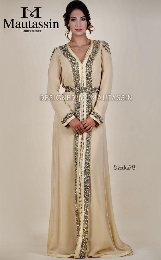 Découvrez top créations de caftan 2018  takchita haute couture   robesmarocaines de luxe  robes orientales  caftan moderne   traditionnel à  vendre sur mesure ... c5f961c830e
