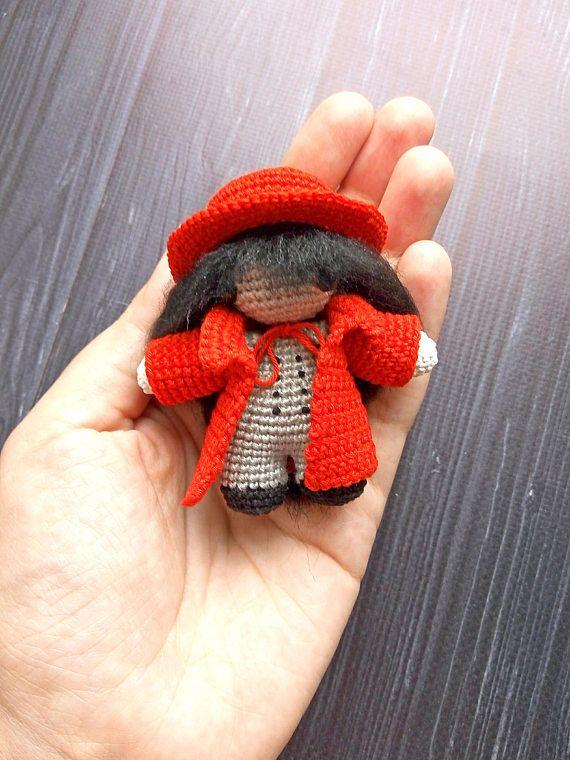 Alucard Hellsing amigurumi crochet toy