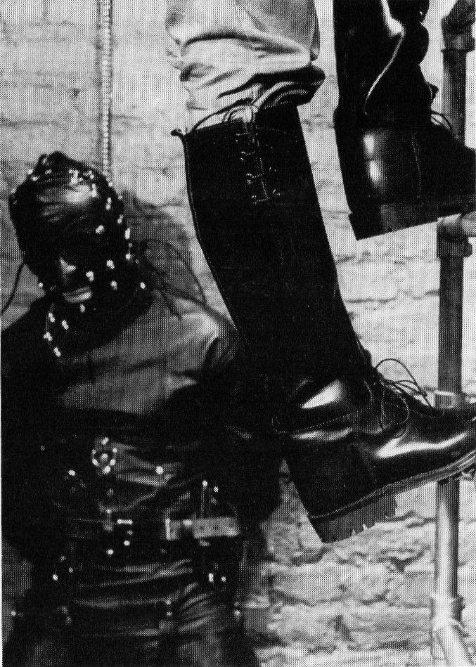 bondage gay boys Leather