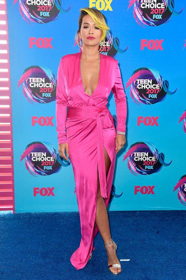 Рита Ора в Alexandre Vauthier на церемонии Teen Choice Awards 2017