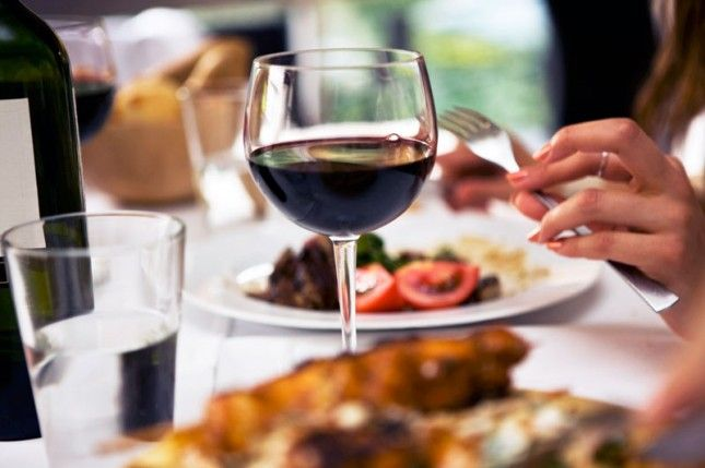 How to Pick the Perfect Bottle of Wine for Thanksgiving by Brit and Co