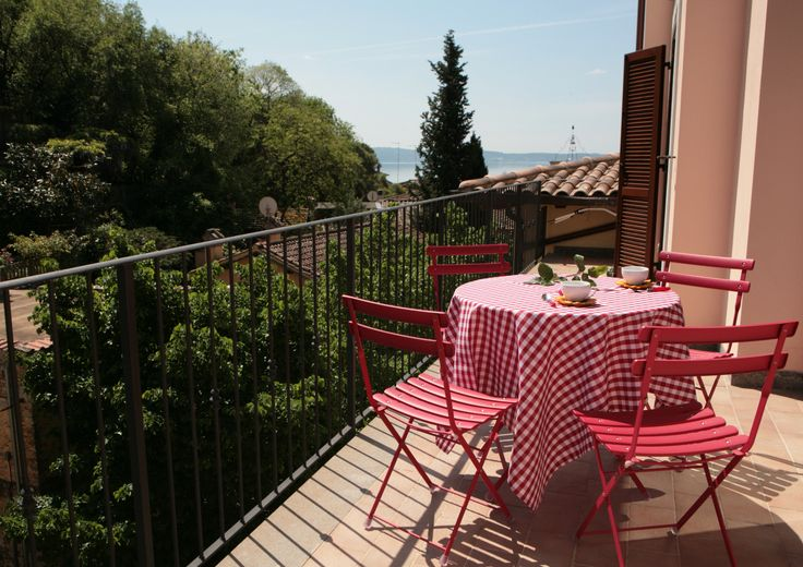 #Apartments  Relax in Piazzetta  http://www.trivago.it/go/a5ysq9n  #Hotels  #Italy  #lake  #Roma  #Trevignano  #relaxinpiazzetta  #nature  #Tuscia  #Maremma