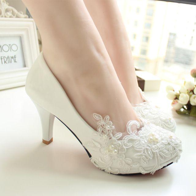 Mulheres bombas de casamento sapatos tamanho grande 41-42 Artesanal de rendas branco sapatos de noiva sapatos de dama de honra do banquete vestido 8.5 cm calcanhar