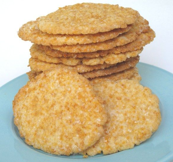 Crispy Frosted Flakes Sugar Cookies- this thin and crispy sugar cookie is coated in a mixture of Frosted Flakes and sugar for  yummy flavor and extra crunch! | The Monday Box