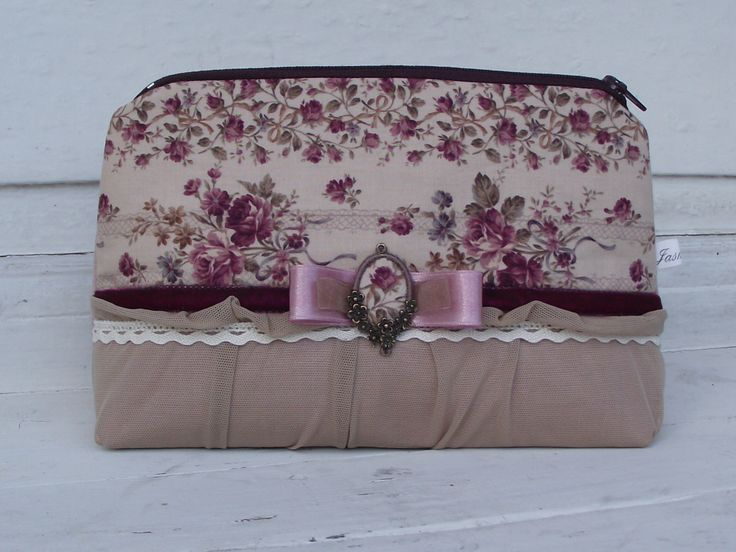 Rose beauty case