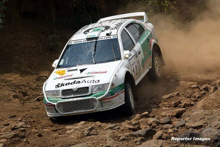safari rally skoda wrc