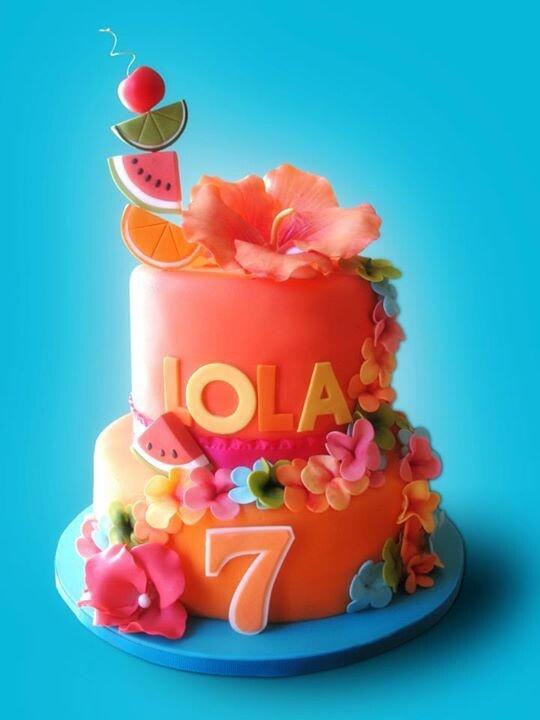 158 best Hawaii cake images on Pinterest Amazing cakes Petit