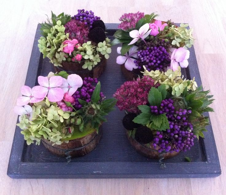 Mini-bloemen taartjes, zomaar gezellig op tafel...