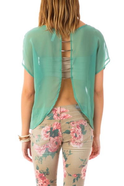 Best 25  Junior clothes ideas on Pinterest | Women's sporty ...