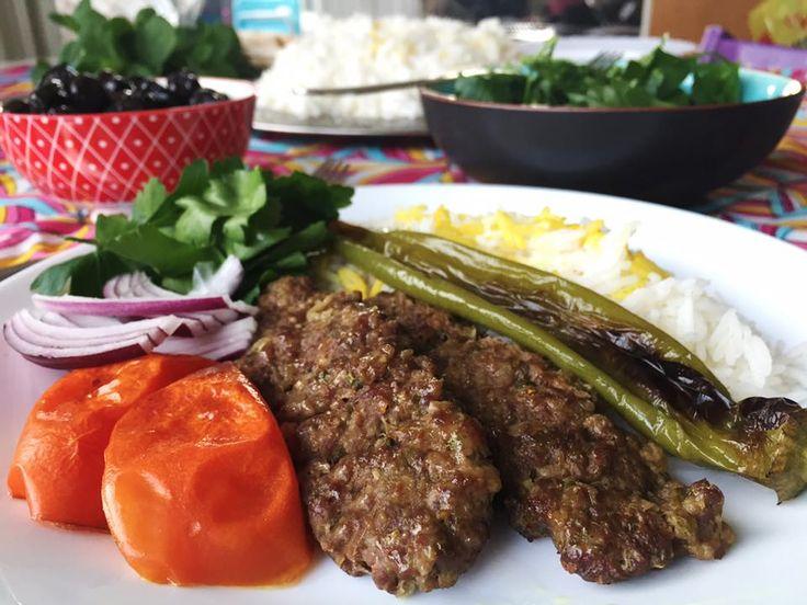 Persisk kebab kobide (kabab koobideh) tillagat i ugn