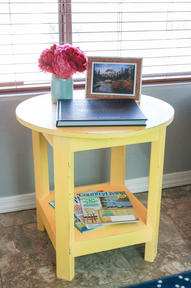 Build a gorgeous Pottery Barn-inspired rustic side table. The tutorial is easy to follow and shares the free plans.