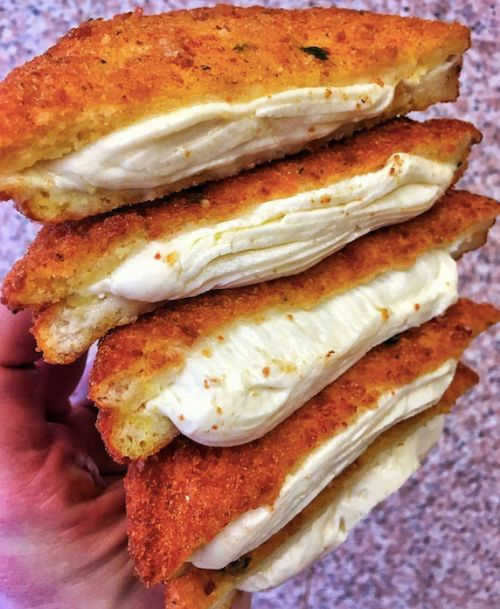 Mozzarella Grilled Cheese