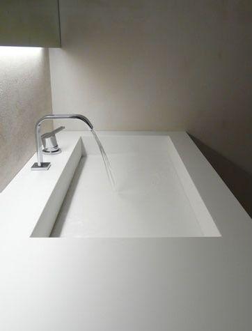 White custom bathroom in Corian, Villa in Sardinia by Antonio Lupi _ like this dorian sink
