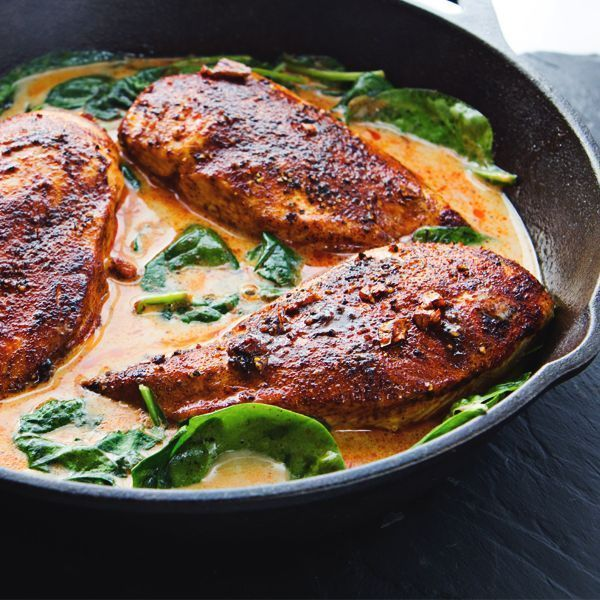 Add some spice to your life with this Paprika Chicken Skillet! #SkinnyMs #OnePanMeal