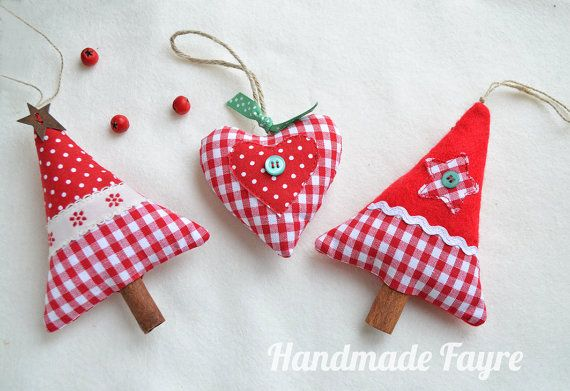 4 metre diy make your own fabric bunting kit red floral Make your own christmas bunting