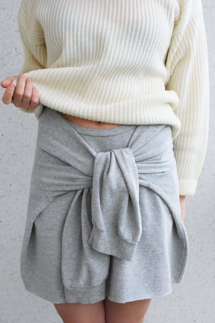 LACK OF COLOUR - DIY sweatshirt skirt outfit