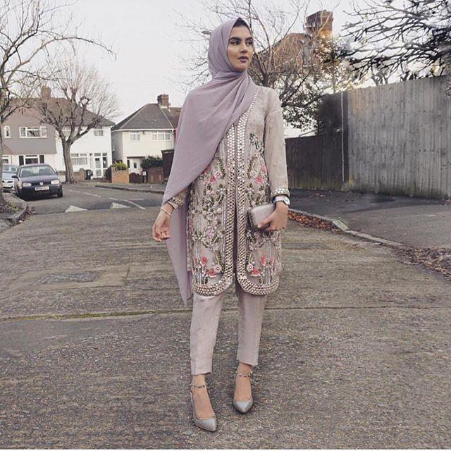 Desi hijabi The gorgeous @zaraazix in Pastel Haruo by @neyyersboutique!