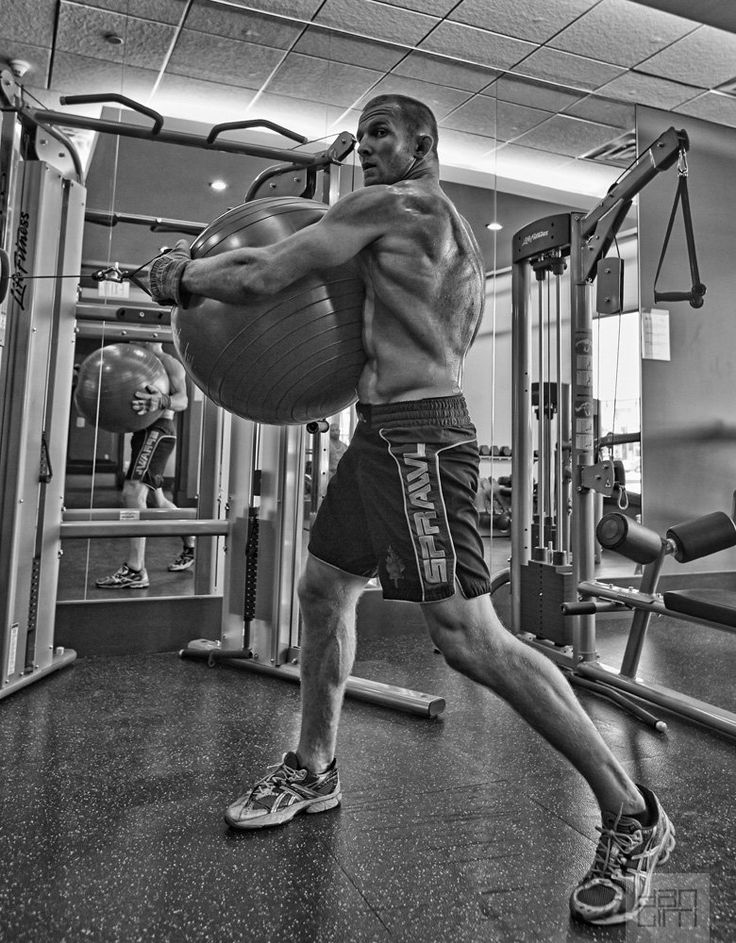 Dan Lim Photography - #UFC fighter Misha Crikunov in training. #sport #fighting #MMA #fitness