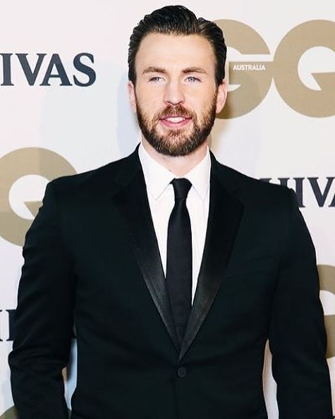 """Chris Evans at the Red Carpet of """"The GQ Men of The Year Awards 2016"""" in Australia!"""