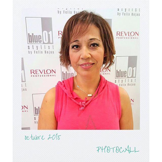 Sonia con una media melena con flequillo, obra de Marina del salón de Balmes.  #blue01stylist #photocall #style #hair #pelo #coolhair #looks #instahair #hairstyle #instadaily #instagood #peluquerias #cabello #peluqueriabarcelona #hairoftheday #hairfashion