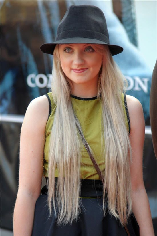 Evanna Lynch / Luna Lovegood / my favorite in the books and movies and fandom and life oh my