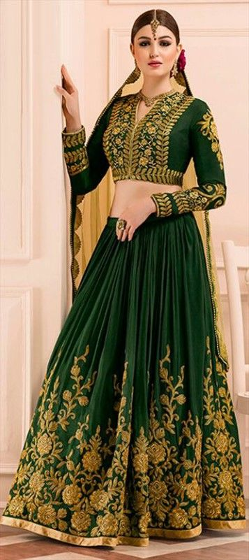 721721 Green  color family Brides maid Lehenga, Mehendi & Sangeet Lehenga in Silk fabric with Lace, Machine Embroidery, Thread work .