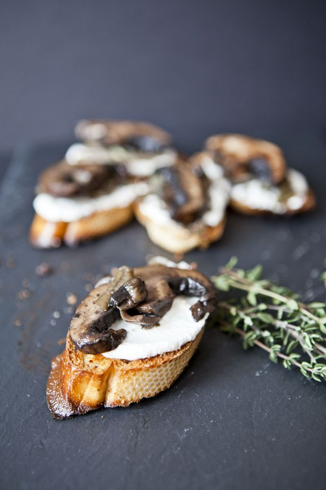 {portobello and goat cheese crostini} easy #party hors d'oeuvre w/ @Donna Maywald Bay Seasoning, onion and fresh thyme. #fall #winter